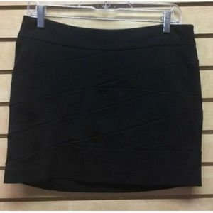 Express Skirt womens Size 6 Black Bandage Mini